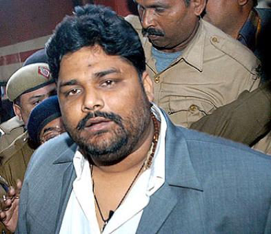 Pappu Yadav returns to Lalu's RJD, to contest against Sharad Yadav