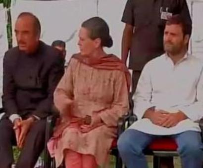 Sonia: Split with NCP not my fault, or Rahul's or Cong's