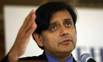 Congress downplays Modi nominating Tharoor in Swachh campaign