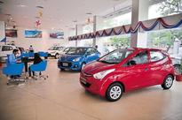 Auto sales take a beating across segments due to demonetisation