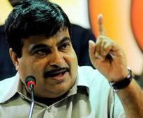 Arunachal BJP team urges Gadkari to sanction all road projects