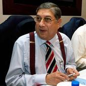 Pressure mounts on Srinivasan as ex-players, BCCI VPs urge him to quit