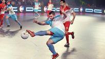 Mumbai, Kochi to clash in final