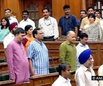 Centre vs AAP: LG confers with Home Minister