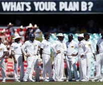 Lanka reduced to 134-5 against India at lunch on final day