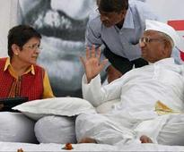 Anna Hazare's indefinite fast enters third day