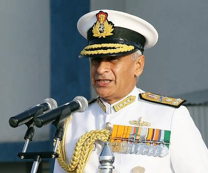 Navy chief contradicts govt, says Scorpene leak a serious concern