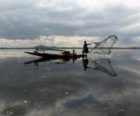 Sri Lankan Navy arrests 12 Tamil Nadu fishermen, seizes boats off Katchathivu islet