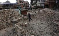 Fearful Foreigners Desperate to Leave Nepal Earthquake Zone