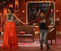 Deepika Padukone, Kapil Sharma Honoured With 'Indian Of The Year 2013' Awards