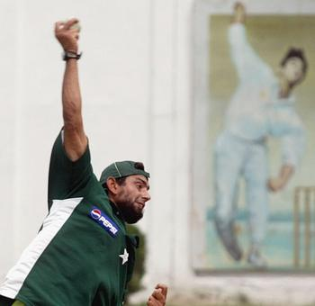 Cricket Buzz: Saqlain relieved from Ajmal duty