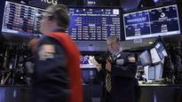 S&P 500 flat; Yellen sees no reason to reverse hike plan