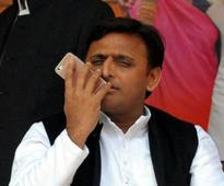 Akhilesh calls Priyanka in morning, accepts offer