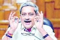 Parrikar mocks Kejriwal's Emergency rant against PM Modi