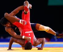 Yogeshwar, Babita win gold as Indian wrestlers end campaign at CWG 2014