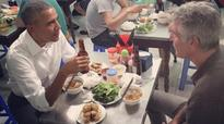 Anthony Bourdain And Barack Obama Were Just Spotted Dining Together At An Eatery In Vietnam!