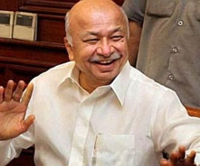 Shinde welcomes verdict: Damini, her family have got justice