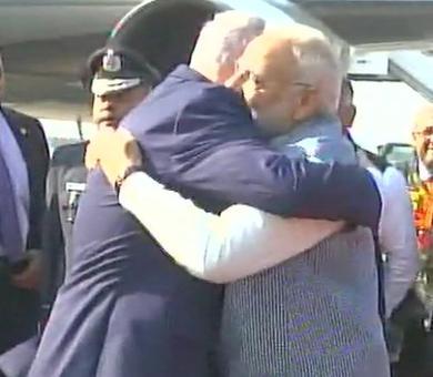 PM Modi welcomes