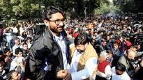 Empty chairs greet Jignesh Mevani at Yuva Hunkar rally