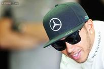 Lewis Hamilton justifies favorite tag for Mercedes