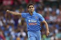 If Sachin can play till 40, why not Nehra, asks Sehwag