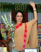 Advani set to contest fromGandhinagar,HemaMalinimay getMathura