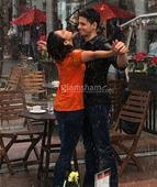 Sidharth Malhotra gets wet & romantic with this actress! - News