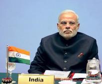 India steps up pressure, to boycott SAARC meet in Pak.
