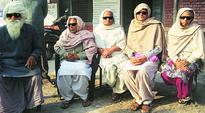 7 HP patients lose vision after March 2014 free eye camp, Govt orders probe