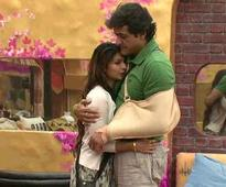 Bigg Boss 7: Tanisha to be evicted tomorrow, Ajay Devgn threatens Viacom 18 (view pics)
