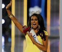 US teen suspended for asking Miss America Nina Davuluri to prom