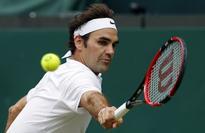 Murray, Federer advance to third round at Australian Open