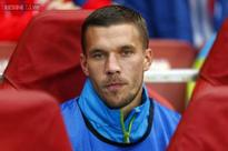 Lukas Podolski hints at move from Arsenal over lack of action