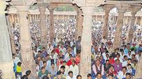 Tension in Dhar shrine blows over as Hindus, Muslims offer prayers