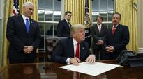 US President Trump signs executive decree against Obamacare health law
