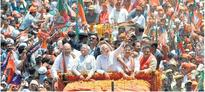 Varanasi saturated with saffron as Modi files his nomination