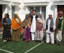 Pension Parishad delegation meets Rahul Gandhi