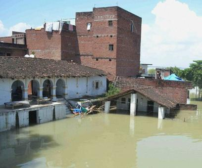 Flood situation in Bihar, UP turns grim; 10 more killed