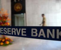 RBI keeps key rates unchanged, SLR cut by 50 bps