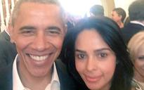 Mallika Sherawat's selfie with Barack Obama is a rage on the internet today