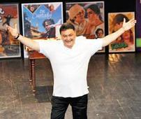 Congress members retort, name a public toilet after actor Rishi Kapoor