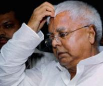 Huge blow to Lalu, 13 RJD MLAs set to join JD (U)
