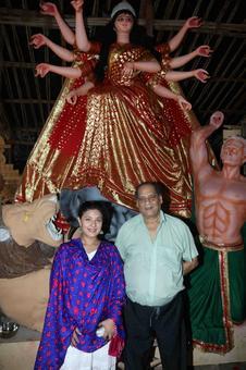 PIX: Kajol, Tanishaa celebrate Durga Puja
