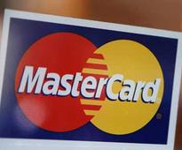Now, Mastercard wants you to authenticate payments through 'Credit Card Selfies'