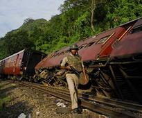 Maoists blow up railway track near Aurangabad in Bihar