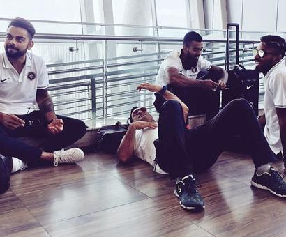 Chill like Dhoni and Kohli at the airport!