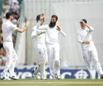 England end 10-match winless streak