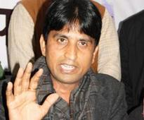 Kumar Vishwas in fresh row, Delhi Commission for Women summons him on AAP volunteer's complaint