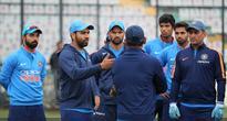 Live: Lanka bowl as Washington debuts for India