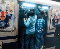 Metro gasps under rally brigade